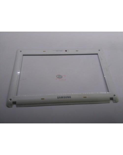 Samsung N150 Plus LCD Bezel